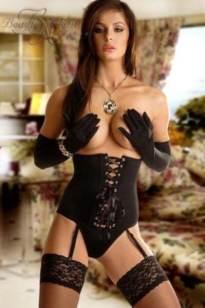 eroticky-korzet-carmen-black.jpg