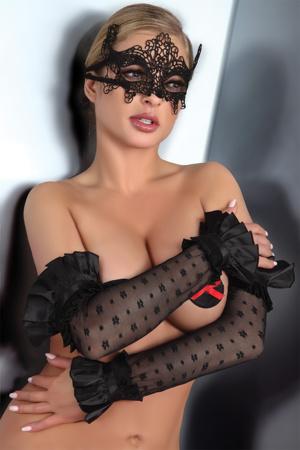 eroticka-maska-mask-model-2.jpg