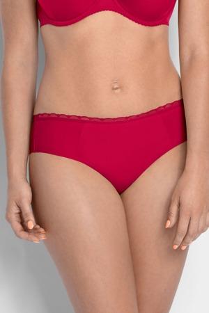 brazilske-kalhotky-model-125816-gaia.jpg